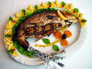 Baliq levengi - Fish stuffed with walnuts
