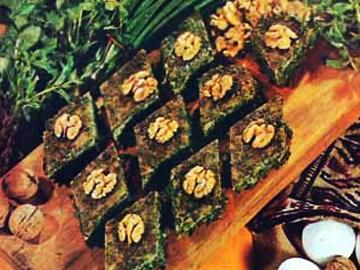 Qoz kukusu - Walnut and herb omelette