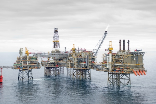 Caspian oil platform
