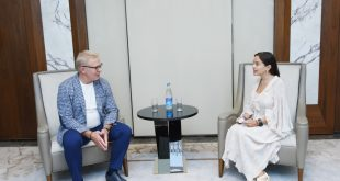 Vice-President of Heydar Aliyev Foundation Leyla Aliyeva meets with UN Goodwill Ambassador Vyacheslav Fetisov