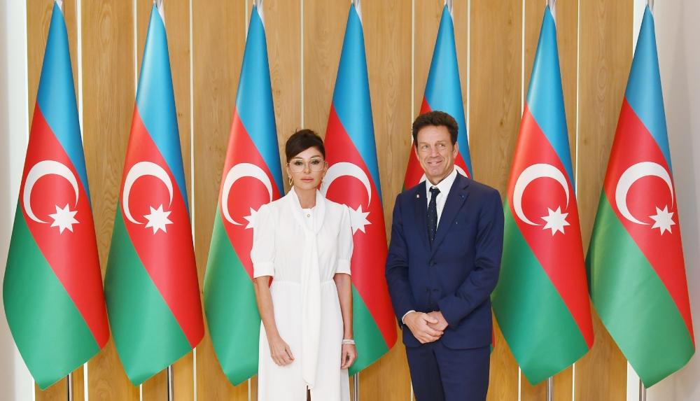Mehriban Aliyeva and MEDEF President